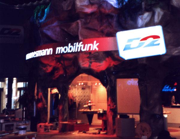 Gestaltung Messestand Vodafon